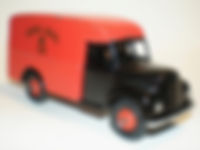 Britains Lilliput Vehicle Series LV/619 Post Office Royal Mail Van