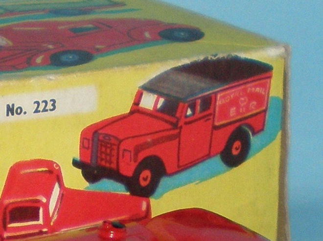 Benbros Qualitoys 223 Royal Mail Land Rover box