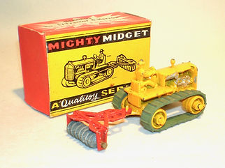 Benbros Mighty Midget No.17 Tractor & Harrow