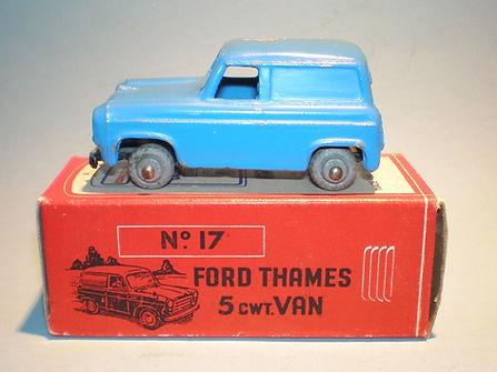 Morestone Esso Petrol Pump Series No.17 Ford Thames Van