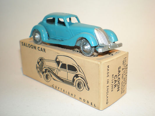 Britains Lilliput LV/602 Saloon Car - turquoise, silver plastic wheels
