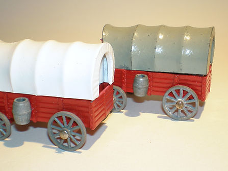 Budgie Miniatures Wagon Train Covered Wagons