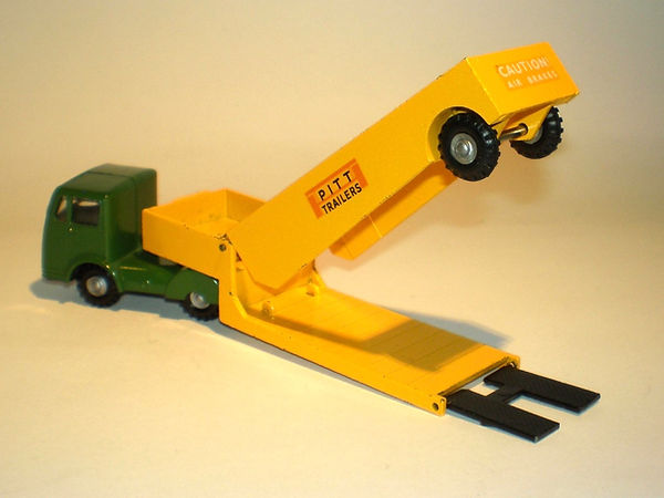 Budgie No.308 Pitt Alligator Low Loader