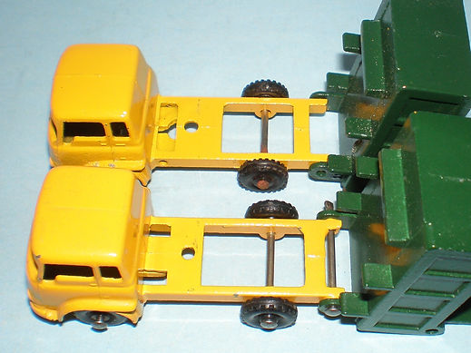 Budgie Miniatures No.21a Tipper Truck chassis variations