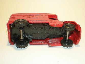 Budgie Miniatures No.11 Royal mail Van - type 2 base