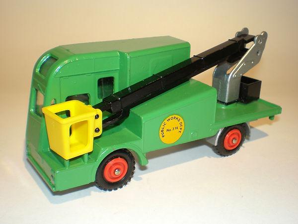 Budgie No.316 Overhead Maintenance Truck