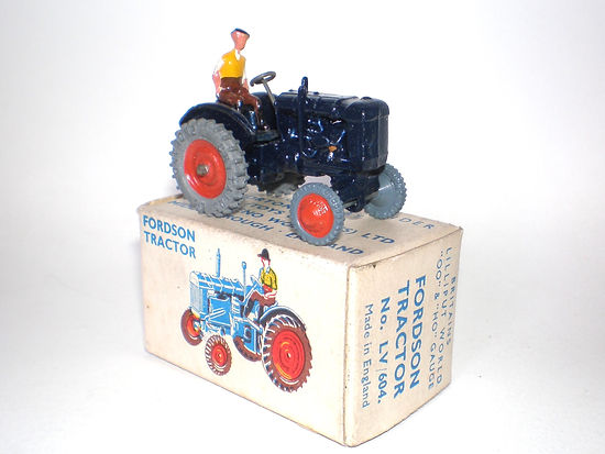 Britains Lilliput World Vehicle Series LV/604 Fordson Tractor