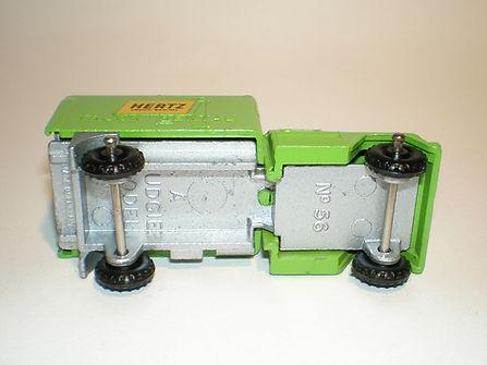 Budgie Miniatures No.56 Hertz Truck - base