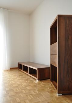 Regal und Sideboard