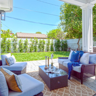 outdoor-living-room-los-angeles.jpg