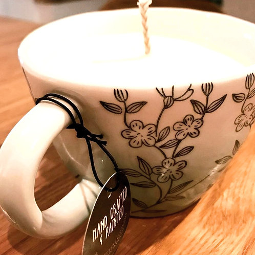 Large Tea cup Candle