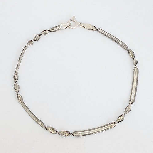 925 Sterling Silver Twist Bracelet with a Black Rhodium Finish