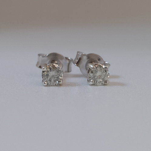 0.22ctw Natural Diamond Studs in 925 Sterling Silver