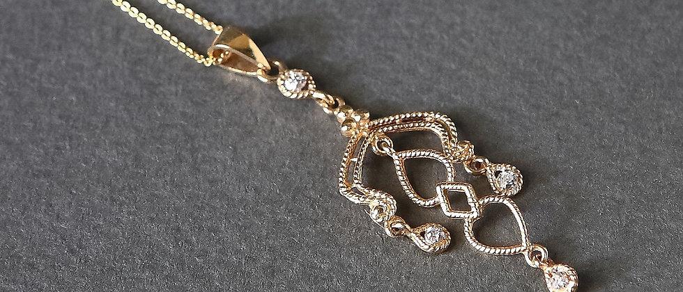 Stunning Vintage Style Gold Pendant