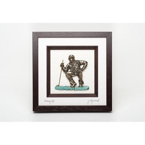 Bronze Golfer - 'Lining Up'
