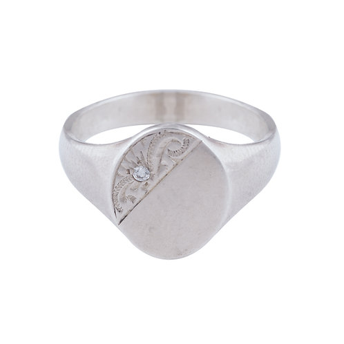 Ladies Silver Signet Ring with stone