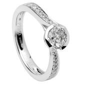 SER17 Solitaire Ring