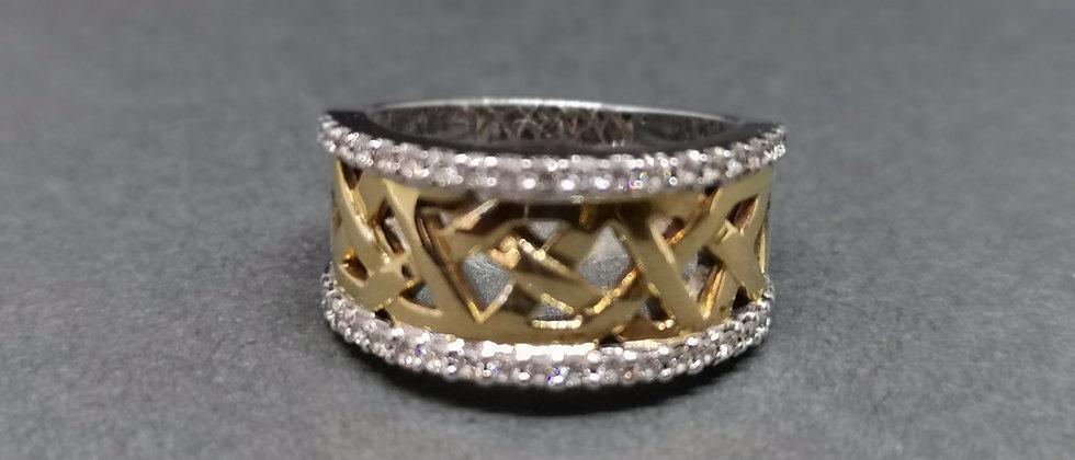 Celtic diamond gold band