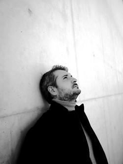 Pere Molina Director de Orquesta perfil B y N