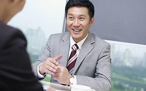 Empresário feliz