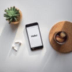 Telefon am Schreibtisch