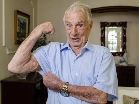 Morre aos 101 anos o ator e dublador Orlando Drummond