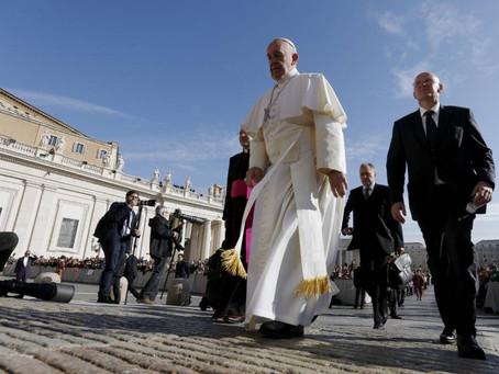 Vaticano inclui crime de pedofilia no Código de Direito Canônico