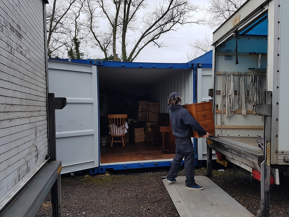 storage container and removals man