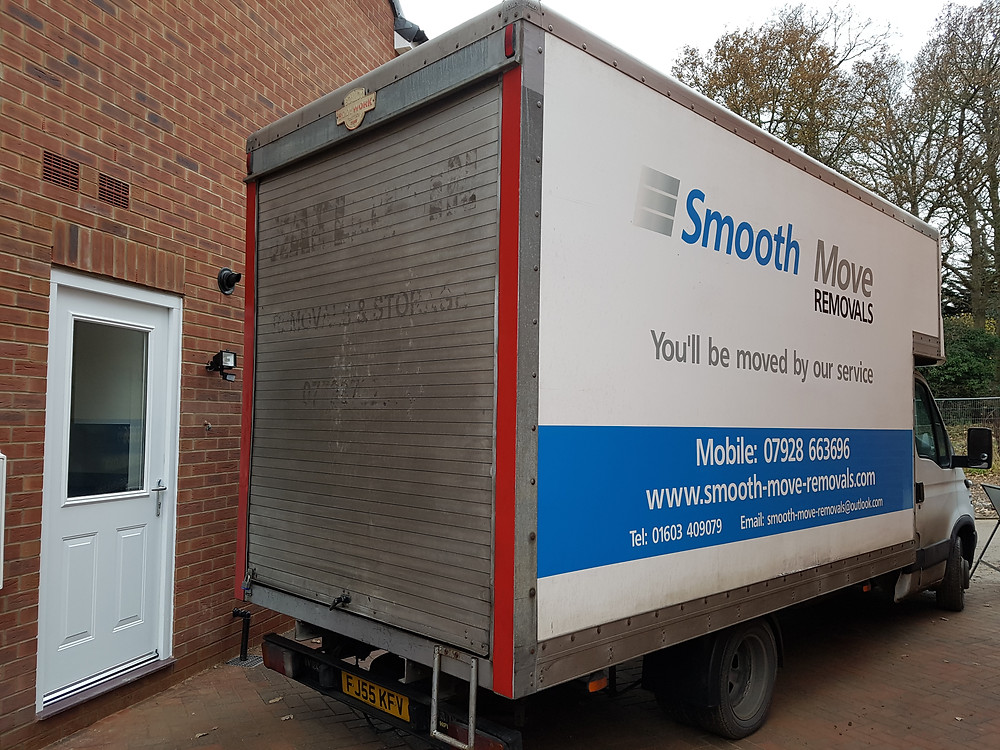 removal van at the door
