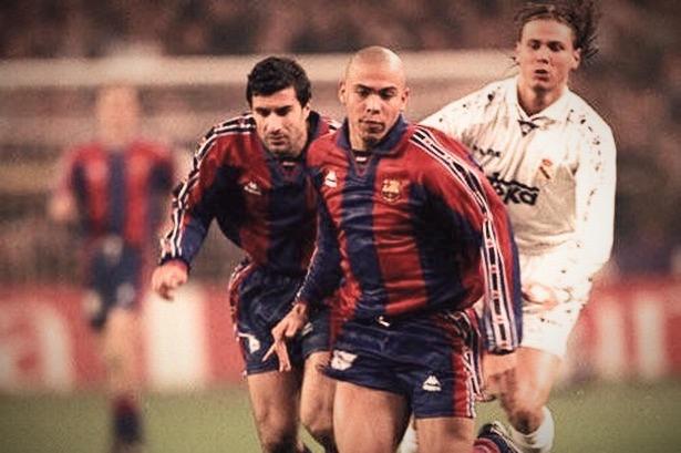 Ronaldo90er_edited.jpg