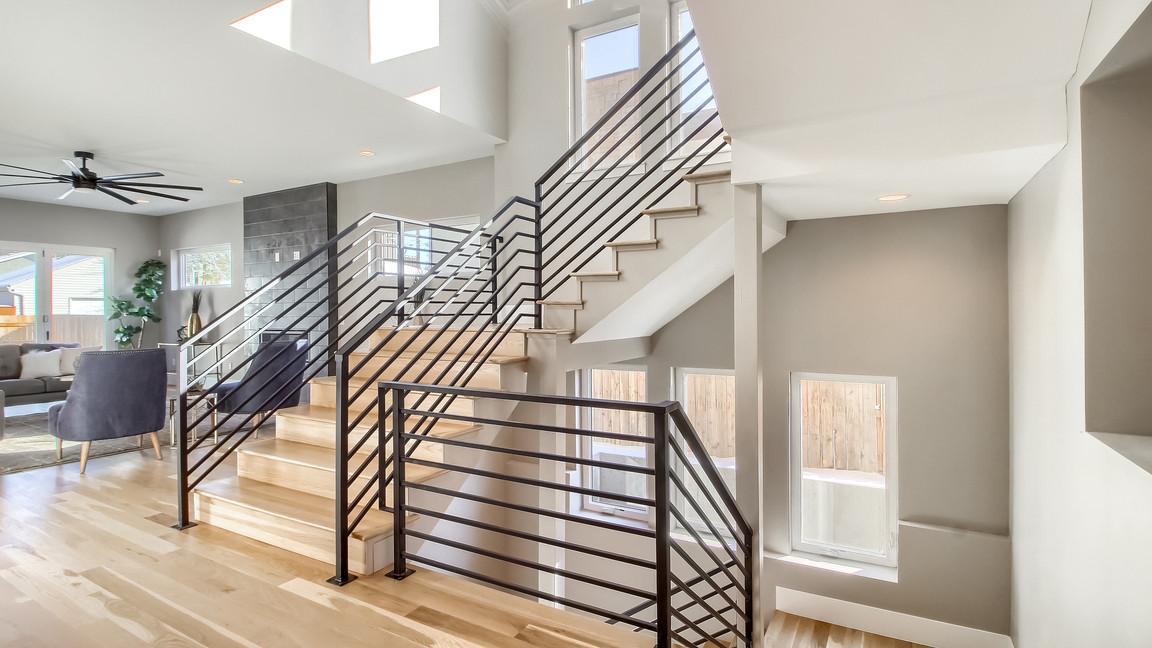 11_Stairs_IMG_9226.JPG