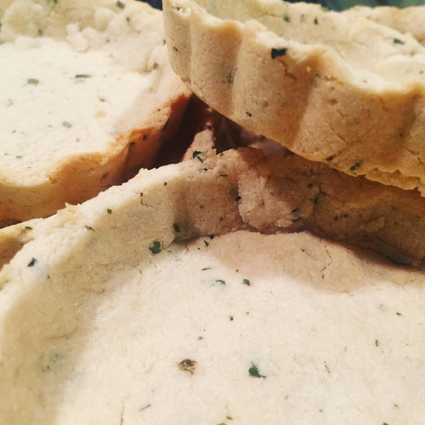 Flourless Tart Crust with Tea Leaves