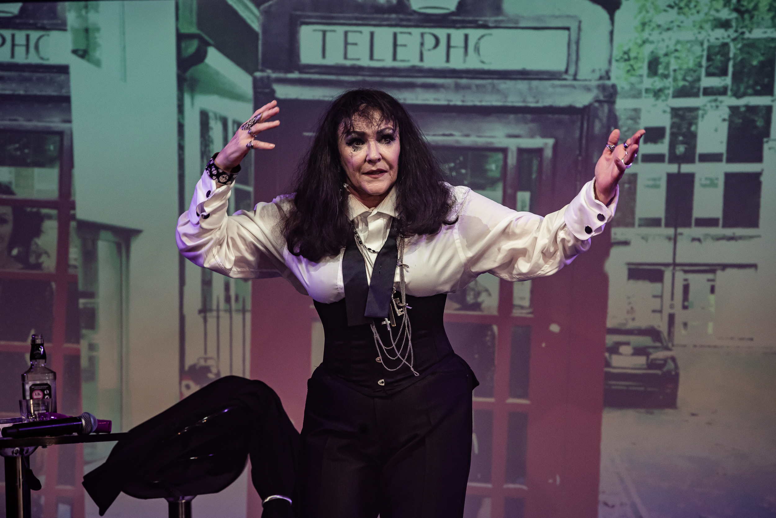 Frances Barber in Musik the Show