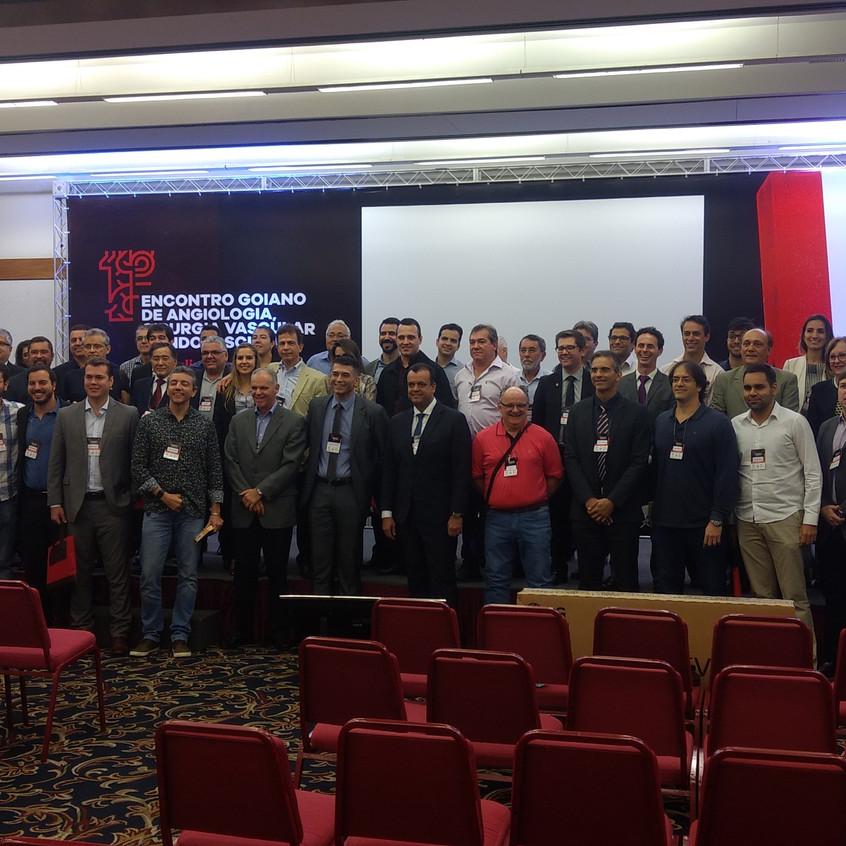 Foto do encerramento do encontro com os participantes.