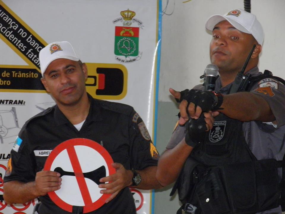 Policia Educativa03