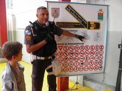 Policia Educativa07