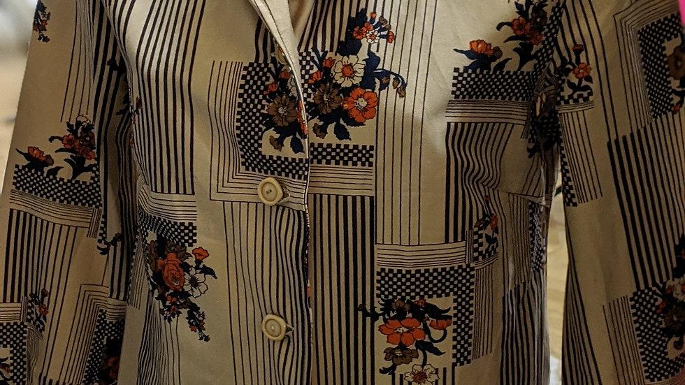 Vintage dagger shirt 3/4 length sleeves size 10/12