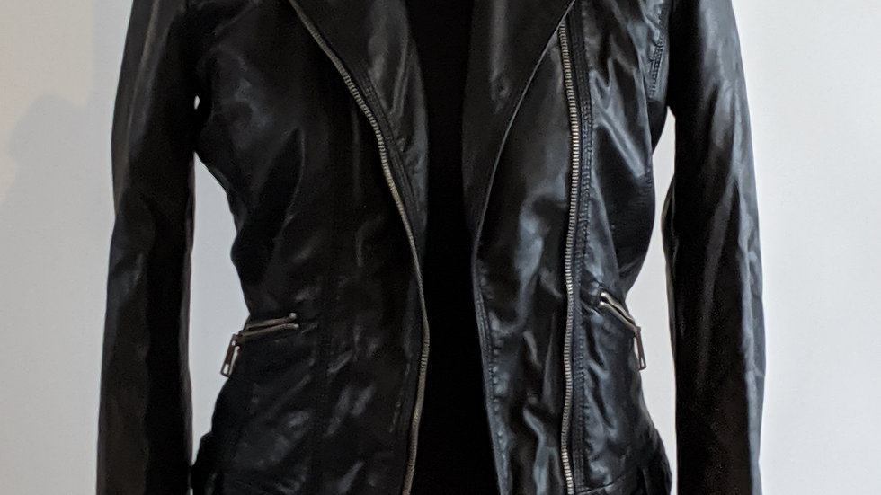Pre-loved  soft leather jacket (Zara) size 10/12