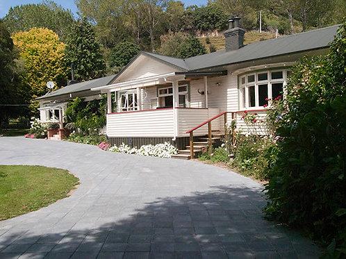 Tarata Fishaway Lodge - New Zealand - SOLD OUT!