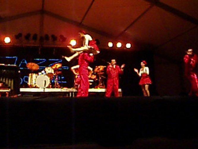 Facebook - Swing Show du Caveau de la Huchette