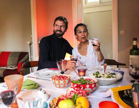Maxime Rovere et Sara Yalda autour d'un dîner persan lors d'un banquet philosophique