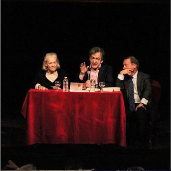 """""""Les passions intellectuelles"""" réunissent les philosophes Elisabeth Badinter et Alain Finkielkraut interrogés par Jean-Luc Barré, directeur de Bouquins"""