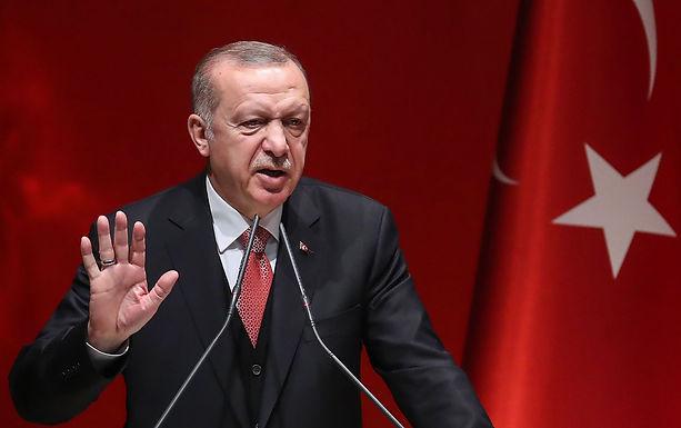 Đồng Lira của Thổ Nhĩ Kỳ bất ngờ sụt giá 15% chỉ trong vòng vài tiếng đồng hồ