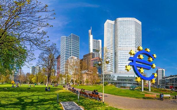 Lợi suất trái phiếu khu vực đồng euro ổn định khi cuộc họp của Ngân hàng TW Châu Âu đến hồi kết