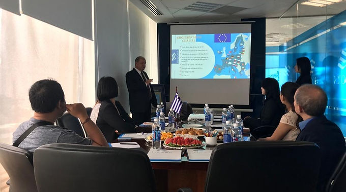 Hội thảo Đầu tư & Định cư Hy Lạp do Holborn Assets Việt Nam đồng hành cùng V²Development tổ chức.