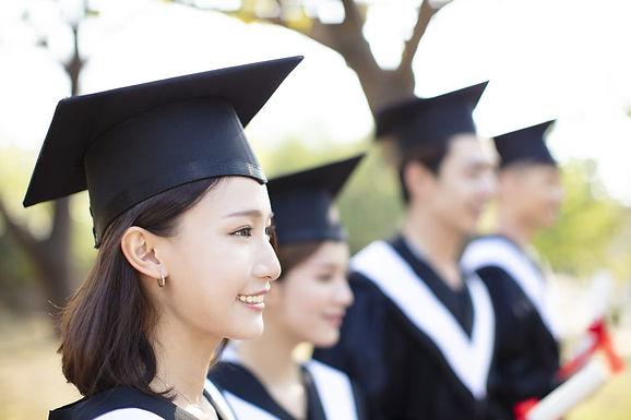 Hệ thống giáo dục Hy Lạp: Dành cho các gia đình có kế hoạch định tại quốc gia này.