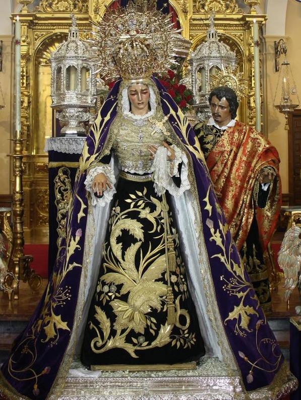 Besamanos+Virgen.jpg 2014-11-14-12:24:16