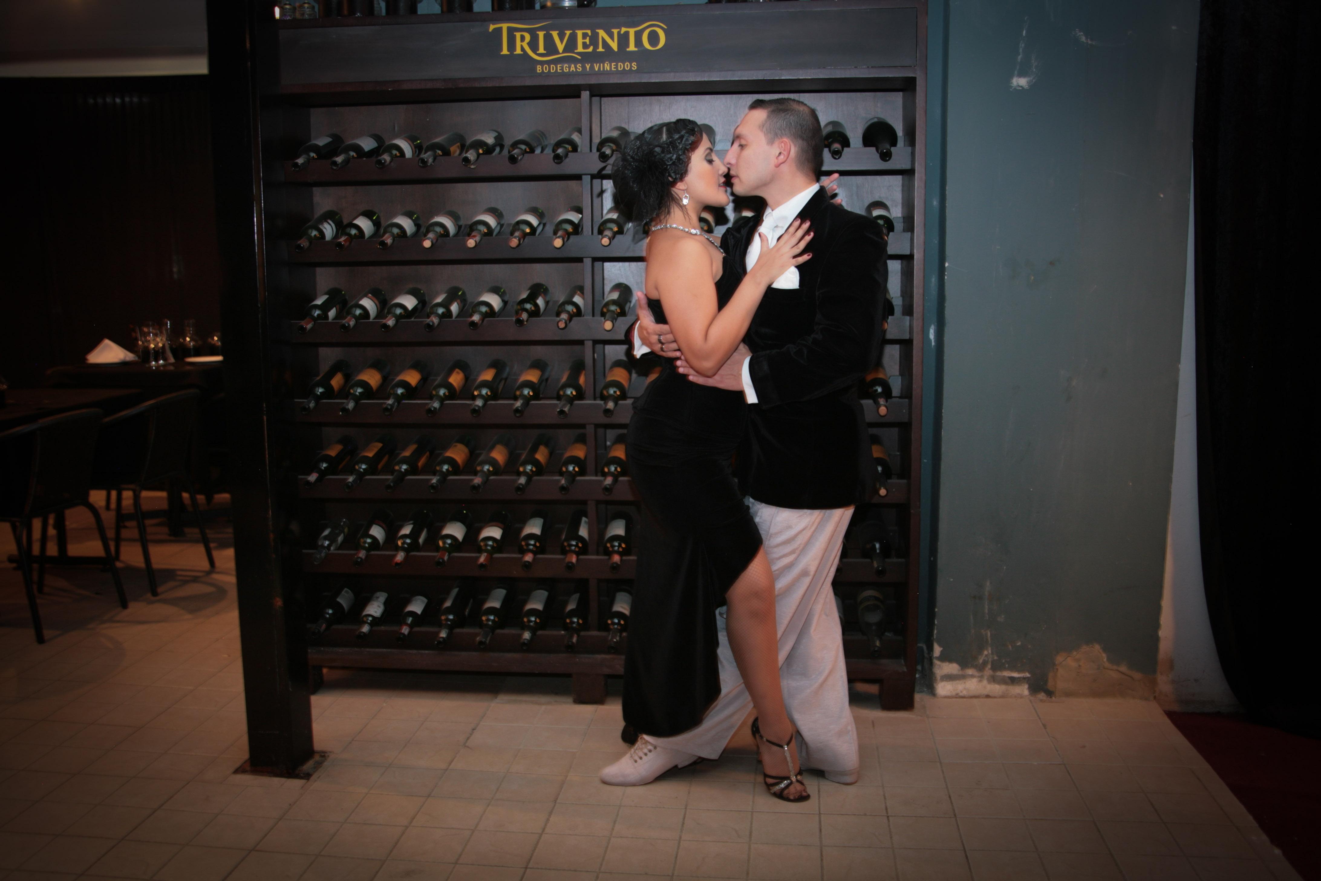 his-tango1-7