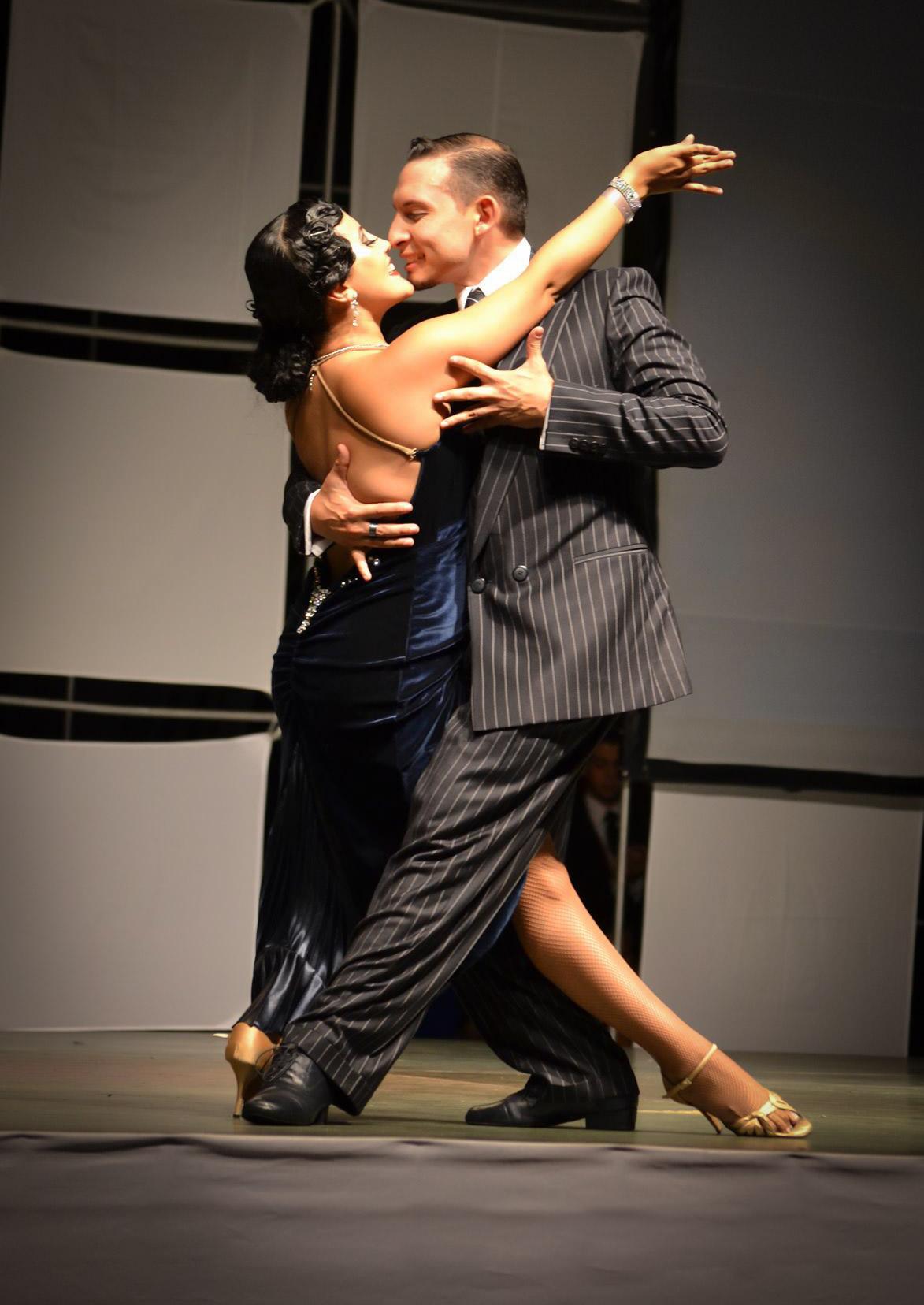 his-tango-4