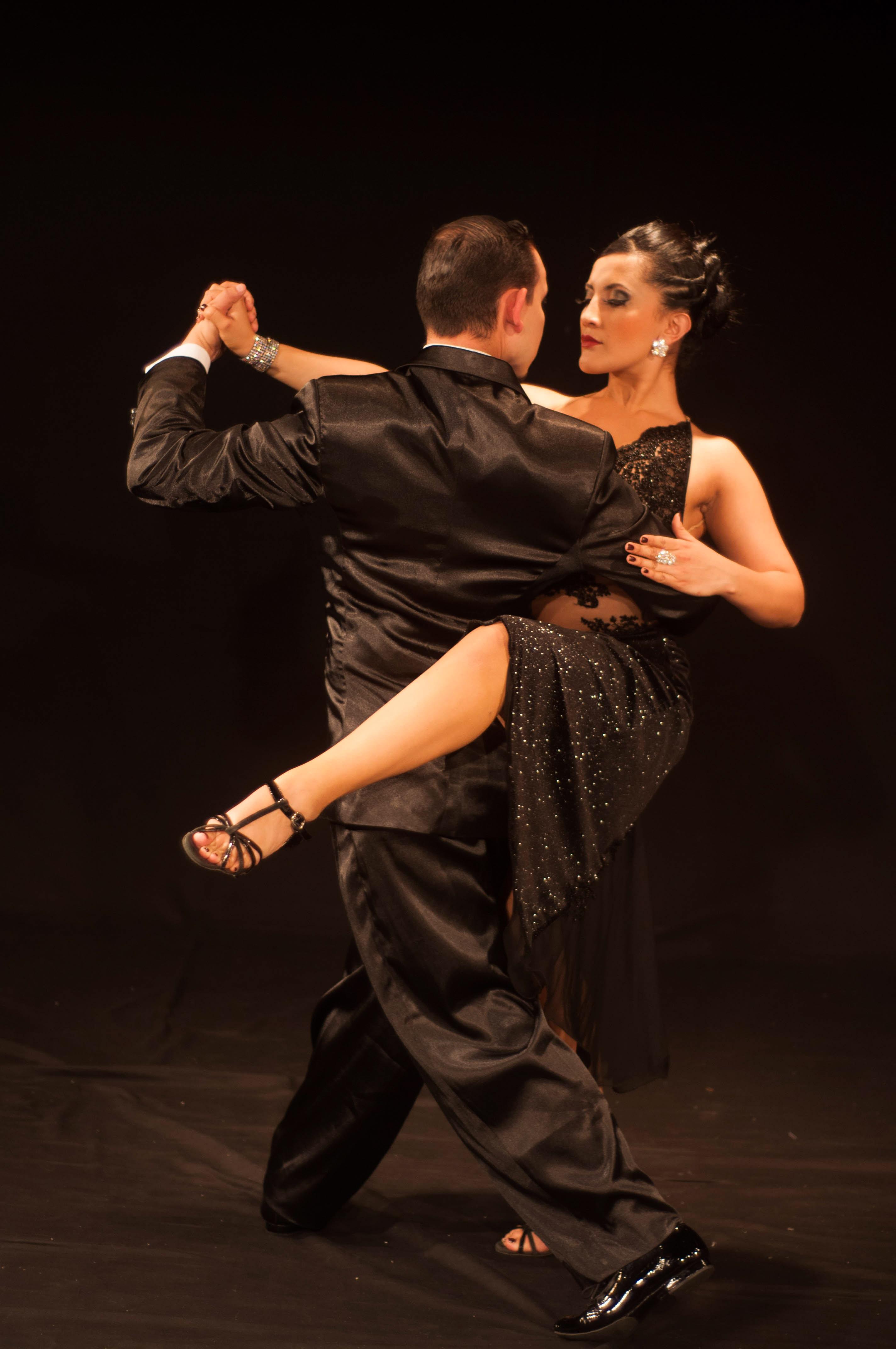 his-tango-11